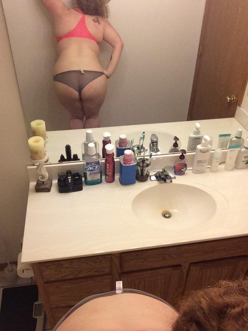 Panty Love xoxox Follow me! @GreatAssBigTits @sexybootyss #ass #bbw http://t.co/oL91tkzMtd