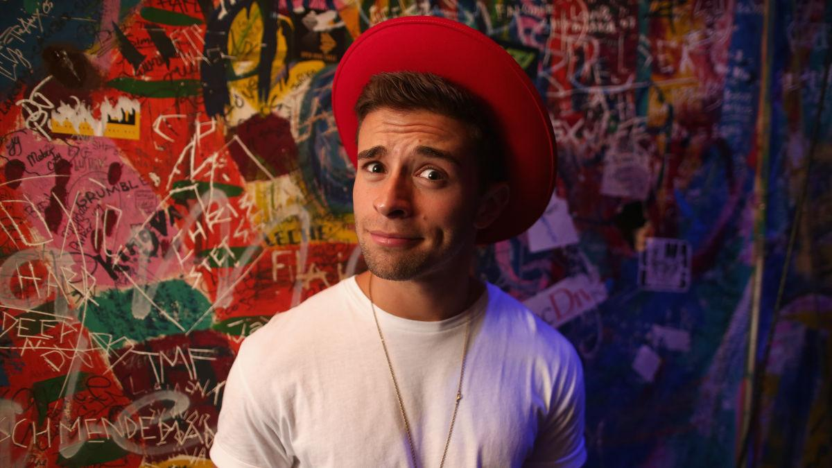 RT @MTV: Want to rap onstage with @JakeMiller? Now's your chance. Listen up: