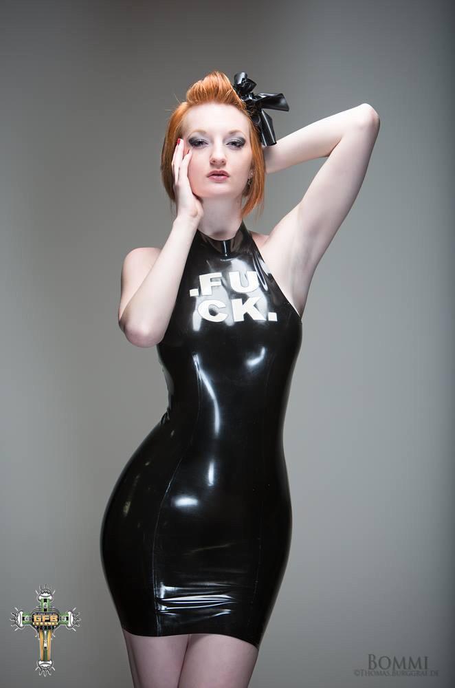 Zara DuRose Nude Photos 91