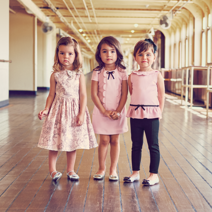 Be the first to shop our new summer collections online now. http://t.co/WZk7yJGOqZ http://t.co/OioBU510IB