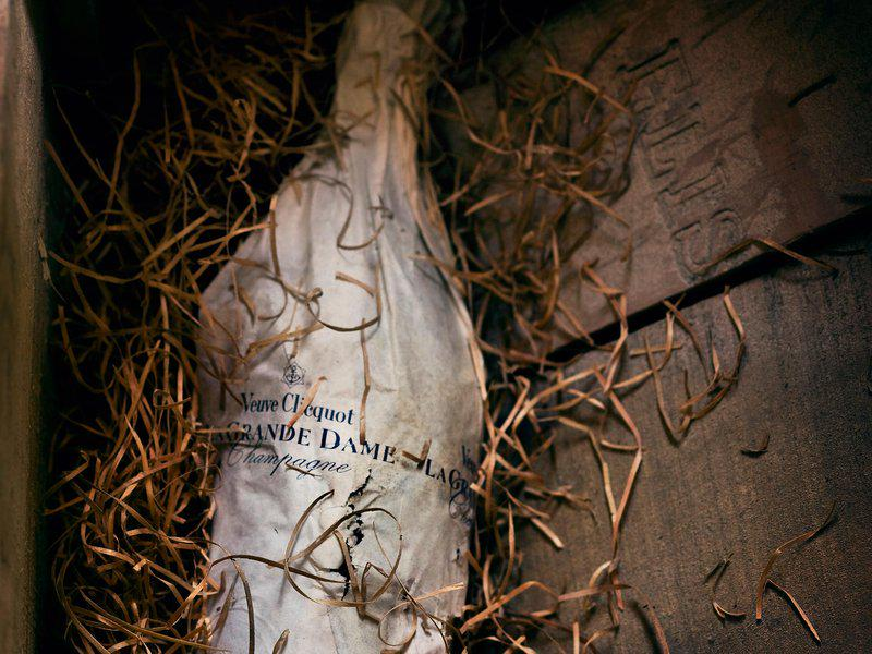 170-Year-Old Champagne Recovered (and Tasted) From a Baltic Shipwreck - http://t.co/ekzKGwpQr5 #wine http://t.co/pqlQaTTffo