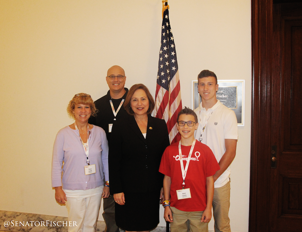 w/NE's @CMNWHospitals Champion Matt Lewis & family. Love his optimism & humor