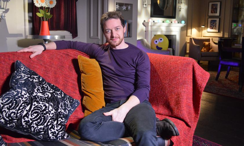 James McAvoy reads tonight's bedtime story The Dinosaur that Pooped a Planet at 6.50pm ;-) http://t.co/65t6AHX57U