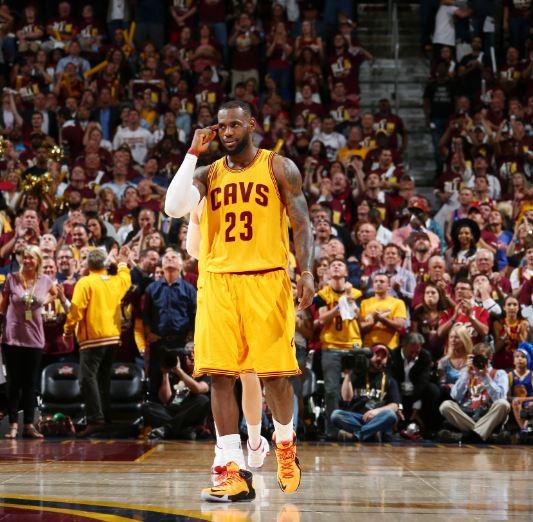 LeBron's 123 points this series are the most points scored through the first 3 games of an #NBAFinals (41.0 PPG) http://t.co/65b8fuCC1I