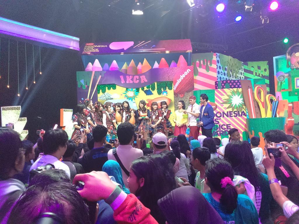 Congratulations #JKT48JuaraIKCA2015 !!!!!!!!! Lanjut seru-seruaaaaaaan dengan slimeeeee  #IKCA2015 @Globaltvseru http://t.co/Yblrj0q8Fc
