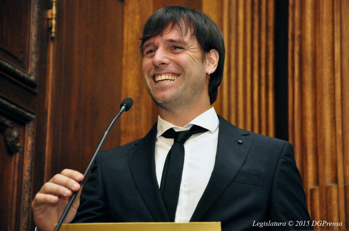 Cavenaghi, distinguido en Deporte http://t.co/LLsOYKeq23 http://t.co/W8DeMNDzAS