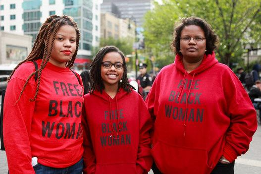 For black women, police brutality and sexual harassment go hand-in-hand: http://t.co/xIOYhr25DI via @blackvoices http://t.co/hRqAu5yS3Y