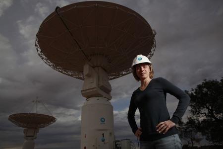 Girls don't make us cry. They're experts on stars and work on Australia's next most powerful telescope  ^CS http://t.co/FLrQwsx0dw