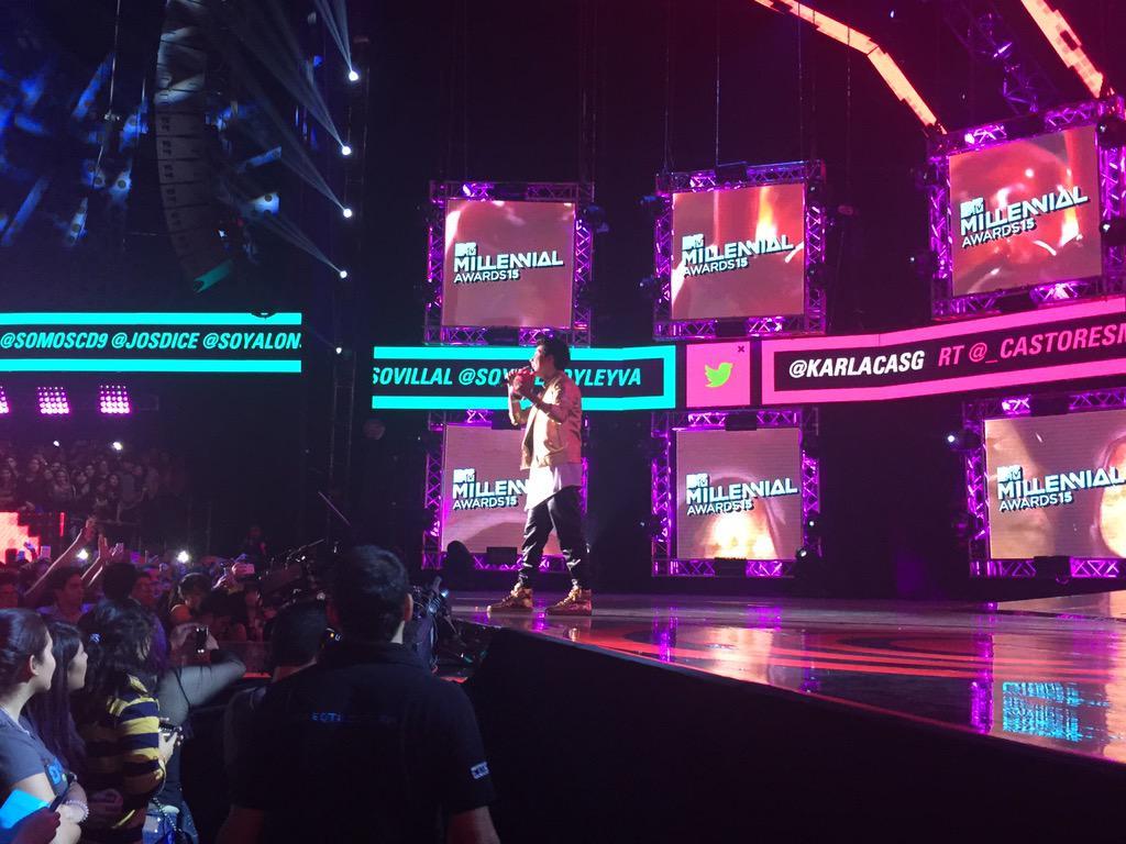 .@mariobautista_, ¡el #MTVMIAW a Buzz del Año es tuyo! http://t.co/iOwmmtOB3i