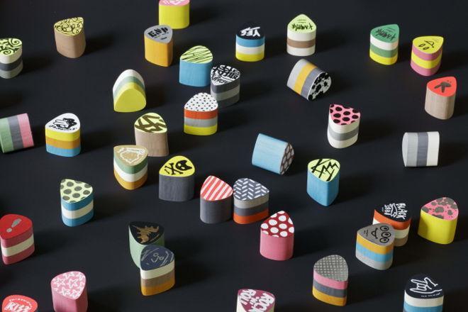 《紙ピック(付箋) by feng feel design》ピック型の付箋紙。ころころしててかわいい!しかも意外と使い勝手が良さそうです。http://t.co/UTNBQdp1I8 http://t.co/EqbgsYDe13