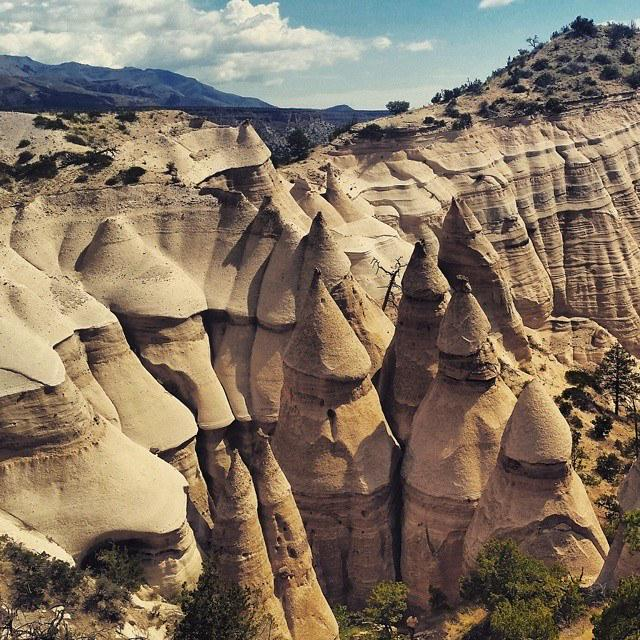 If you're in @visitabq, take a day trip to the AMAZING Tent Rocks. Loved the landscape and hiking here!  #pictureabq http://t.co/Z5zEL1NJV1