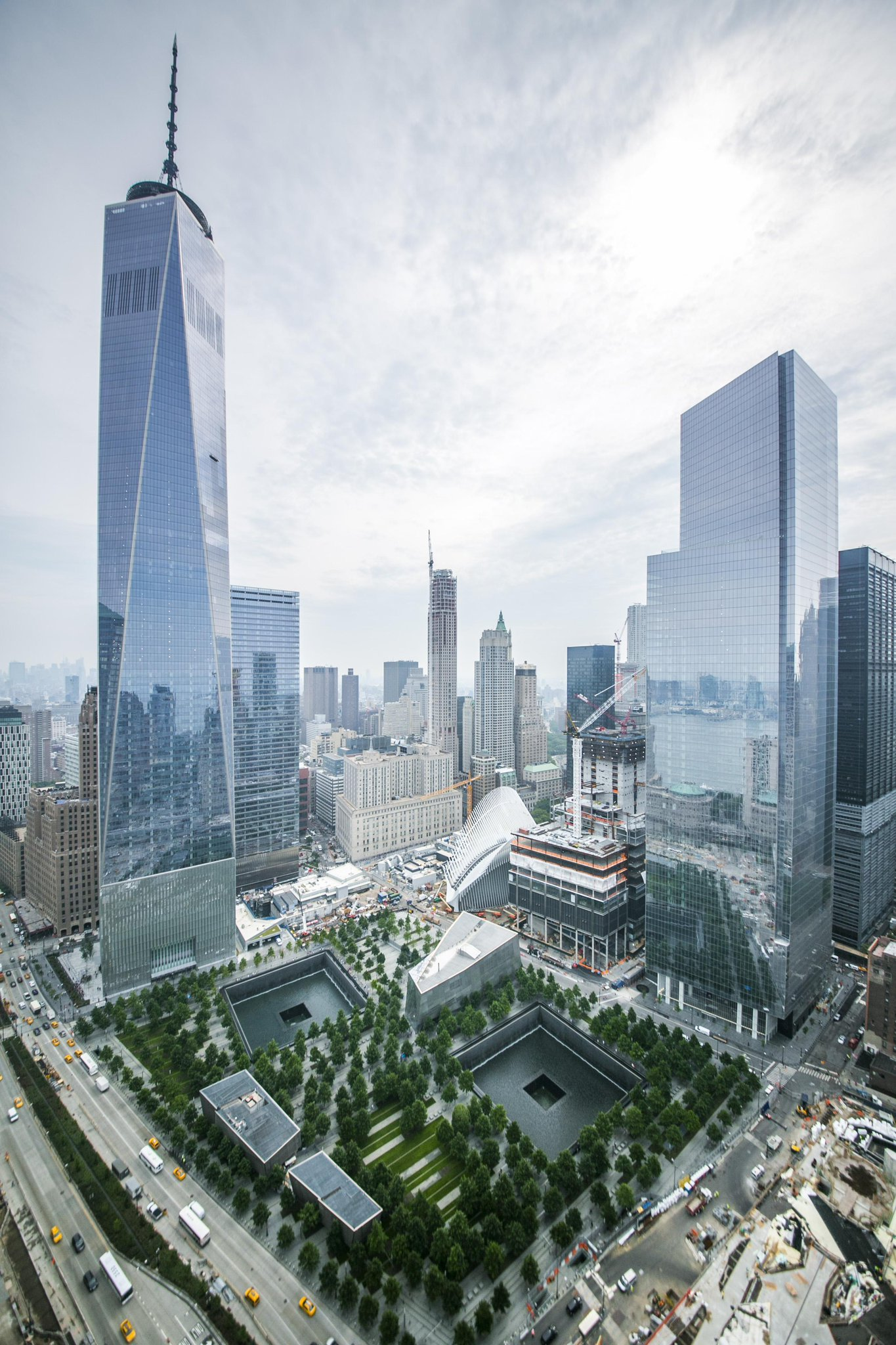 The 16 acre World Trade Center site. http://t.co/IOrRLEpLcJ