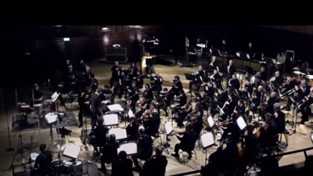 RT @thisis50: http://t.co/R1J9WaJFlD Awesome! Watch This Orchestra Play Hip-hop Classics Live (@50Cent, @KendrickLamar, 2Pac...) http://t.c…