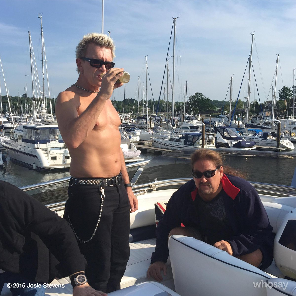 Quite a view! @billyidol #yourewelcomeladies :) http://t.co/5cjLpRhC0Q