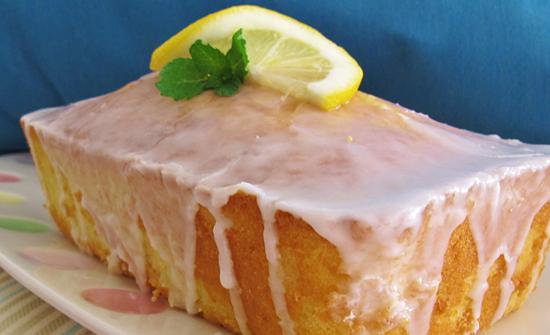 Recipe // Yummy, Lemon Coconut Loaf: http://t.co/qi5TxnCV26 http://t.co/77bINsCS5T
