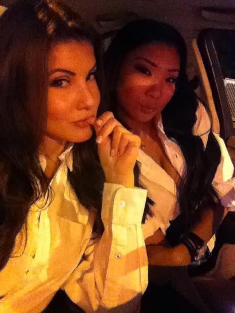 halloween with @AmandaCerny #tbt http://t.co/4PseBZdYPe