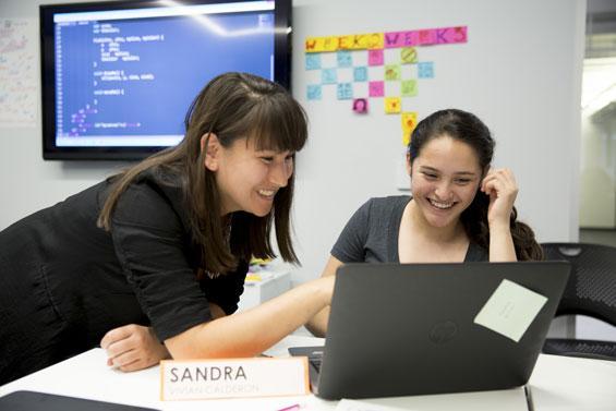 How do we get more girls in #tech? @GirlsWhoCode bridges the gap:  https://t.co/crABZe3k3U #ThinkingAheadNYC #nycedc http://t.co/t2EeVwKQdF