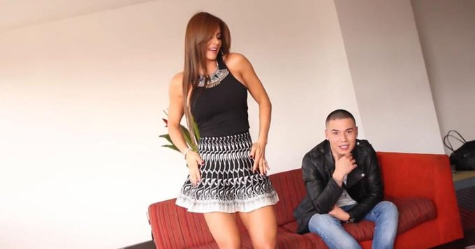 RT @PublimetroChile: Lo+visto Así Esperanza Gómez baila reggaetón para PublimetroTV en Colombia @esperanzaxxx