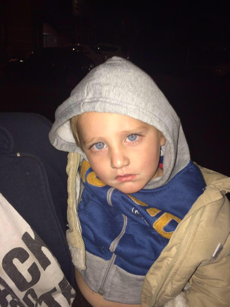 URGENT: This toddler was found abandoned at a mall South of Joburg. Please call Michelle Pelser on 084 292 9144 RT http://t.co/HW28KhJ2He
