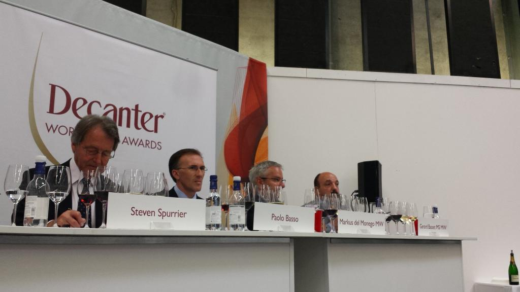 'English wine is like New Zealand in the late 1980s. It's very exciting,' says Gerard Basset MW MS OBE #vinexpo2015 http://t.co/pSqAqD7SZA