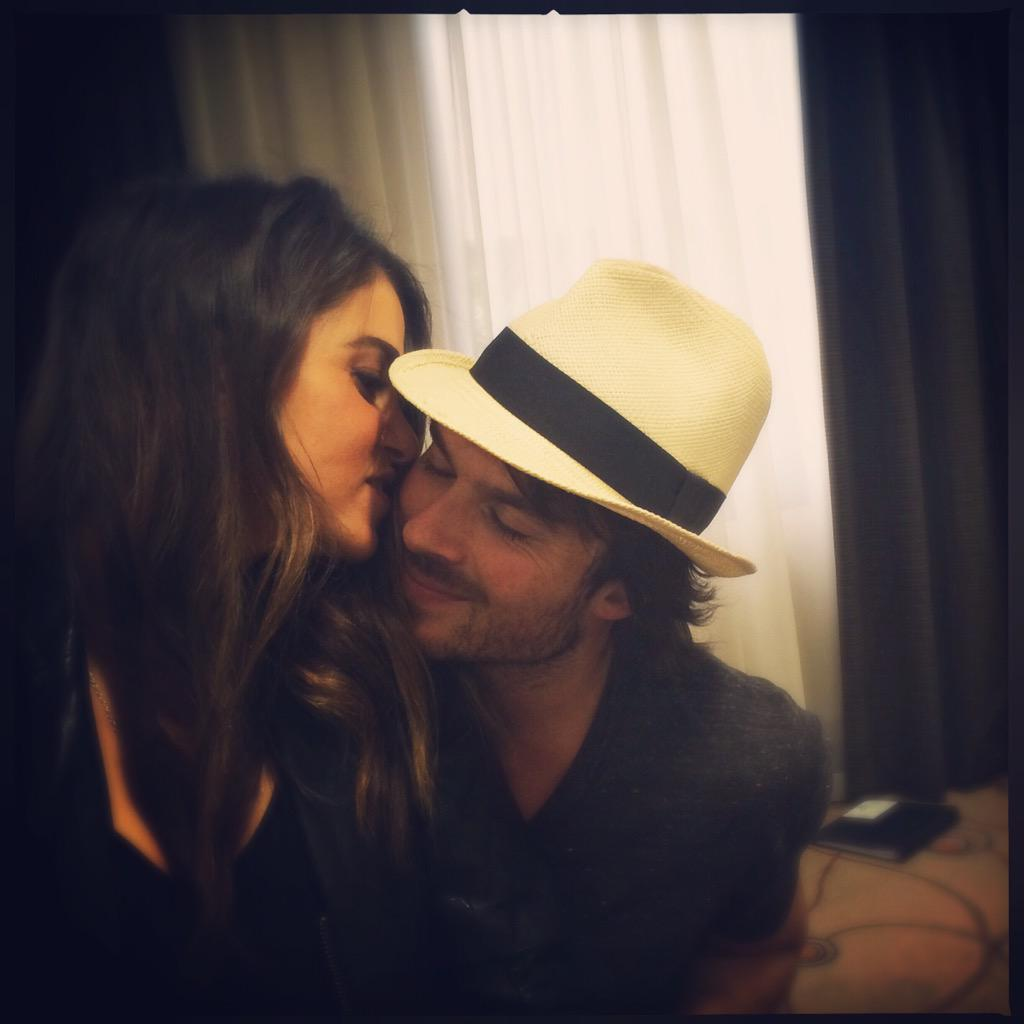 These two don't like each other at all. Mrs. @NikkiReed_I_Am & Mr. @iansomerhalder http://t.co/1Nu9QEZ7bH
