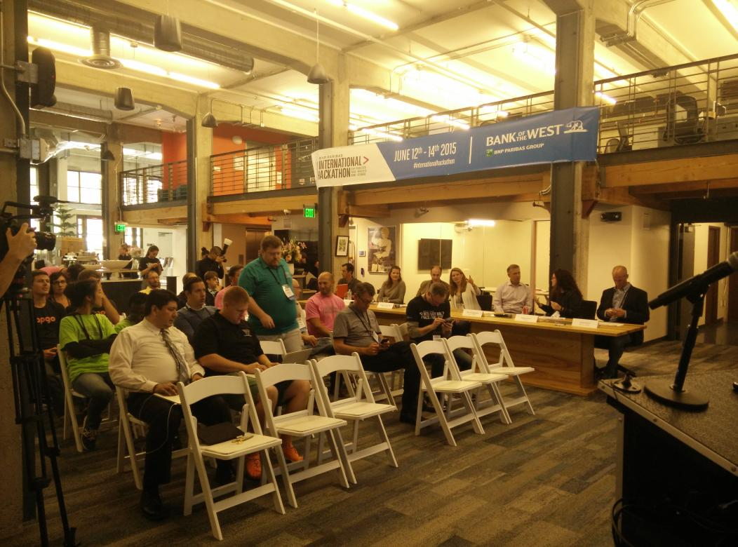 And we re starting!  10 #fintech startups pitching at #internationalhackathon in #SF http://t.co/z2ikkv3xxM