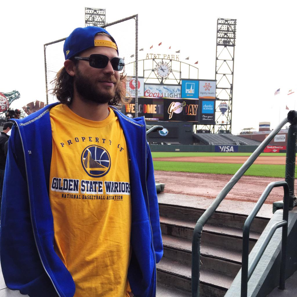 GM 5!. In case you ere wondering who @bcraw35 is rooting for tonight... @warriors #DubNation @JalynneC35 http://t.co/Q2kGXkJex4