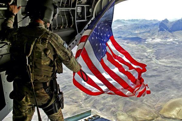 The land of the free, and the home of the brave! Happy #FlagDay & Happy 240th Birthday to the #USArmy http://t.co/NGvHocl40H