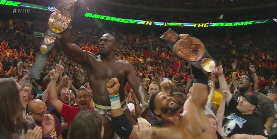 Congratulations to former @TampaBayStorm lineman @TitusONeilWWE, one-half of the new #WWE Tag Team Champions! http://t.co/2vtLJGx4E7