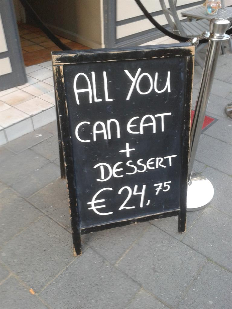 """Please, no more""  ""NO, YOU MUST EAT A DESSERT""  ""I beg you""  ""YOU AGREED TO THIS"" http://t.co/0iGsAlKak5"