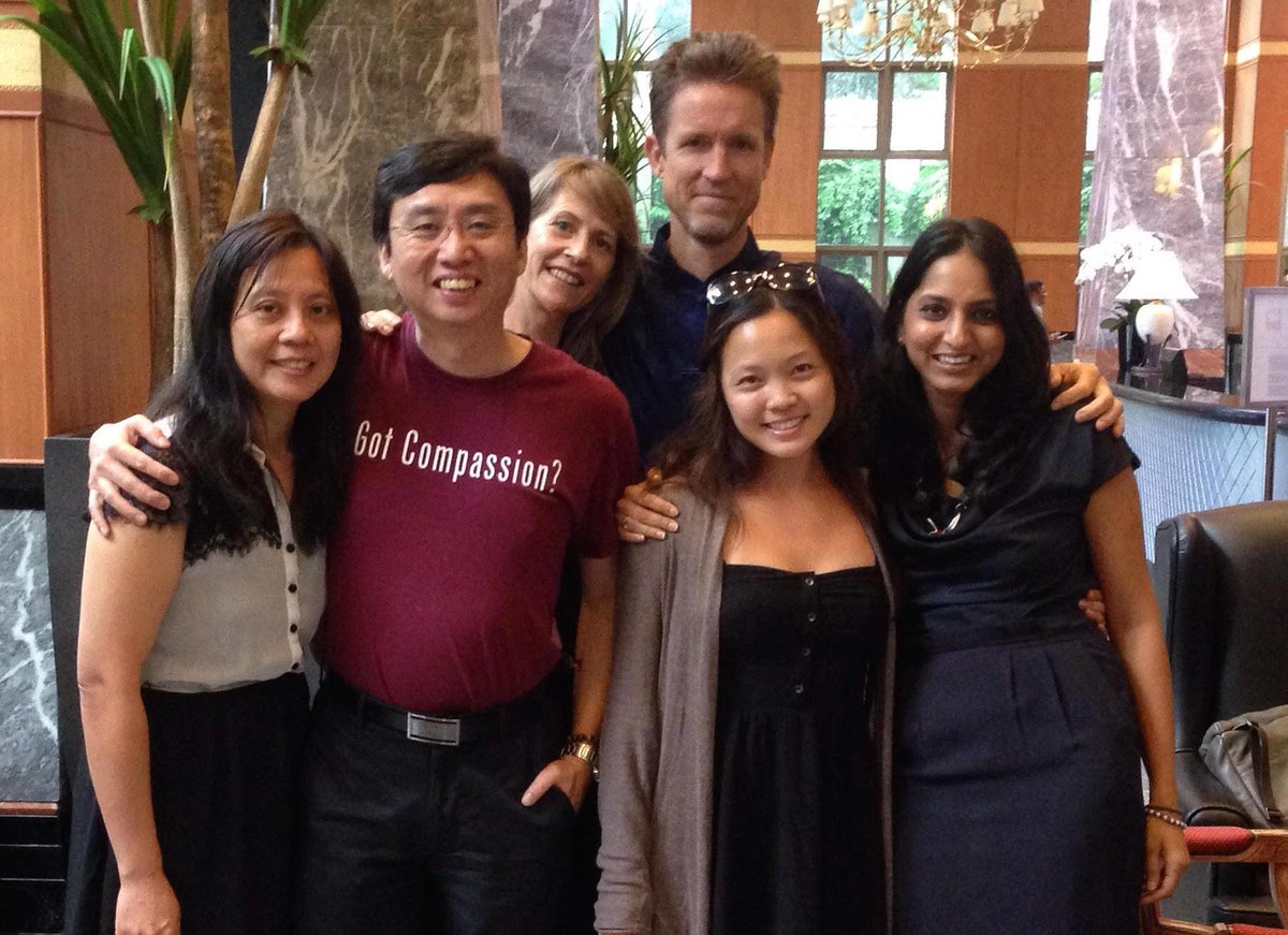 In Singapore with Wisdom 2.0 Asia team and @chademeng getting ready for launch #wisdom2asia http://t.co/iGCvtWMncH