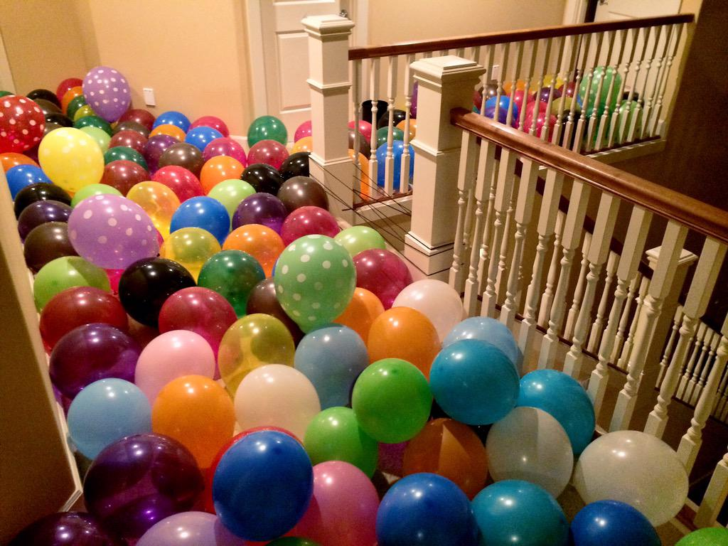 1 pic. incase you guys missed the balloon madness that happened yesterday ? (I had a balloon pump don't
