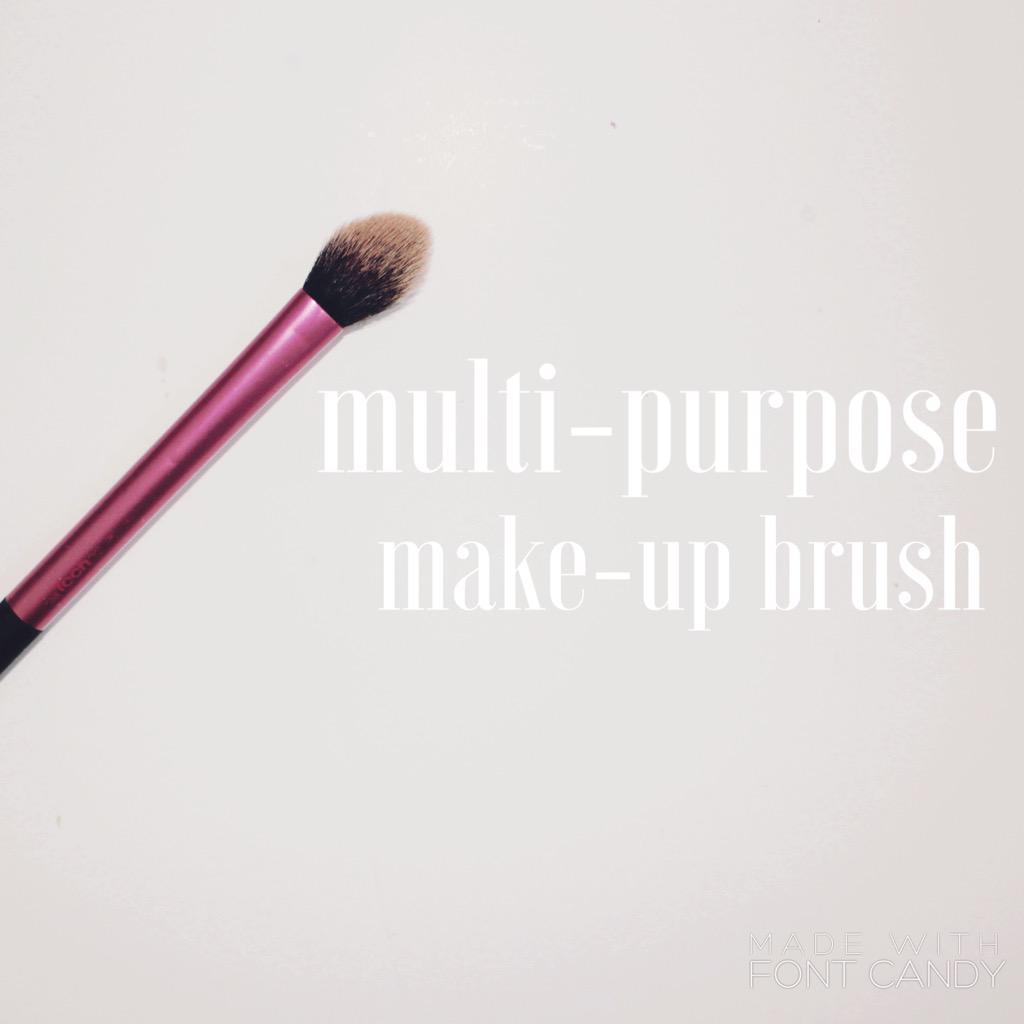 a little post on a gem of a make-up brush http://t.co/x9FKTr5XfV @UKBlog_RT @ScotBloggers @blogginggals #bblogger http://t.co/TXi9dfdnq5