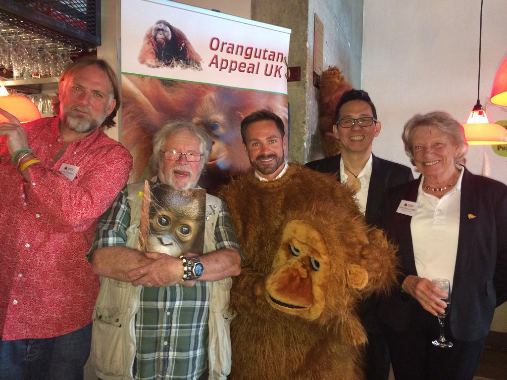 What a great cause @bananatree and the @orangutanappeal who rescue orphan Orangutans. They've raised £25k. Adopt 1! http://t.co/TxocwY4aJ4