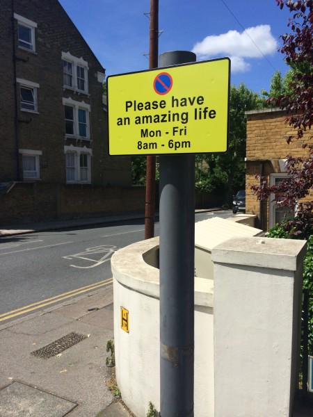 These friendly Brockley parking signs are awesome! http://t.co/mLHXFxBvad http://t.co/nP9AtsanRv