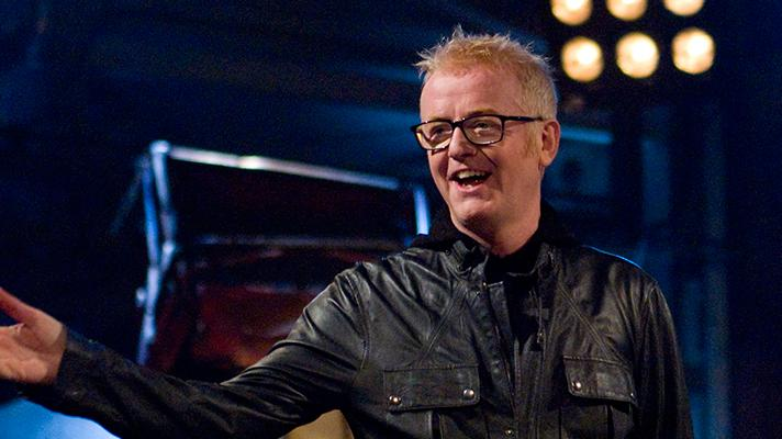 Big news! Chris Evans will front an all new line-up for the next series of #TopGear. Details: http://t.co/YjZzvnFY9Z http://t.co/YcV5QSLQDY
