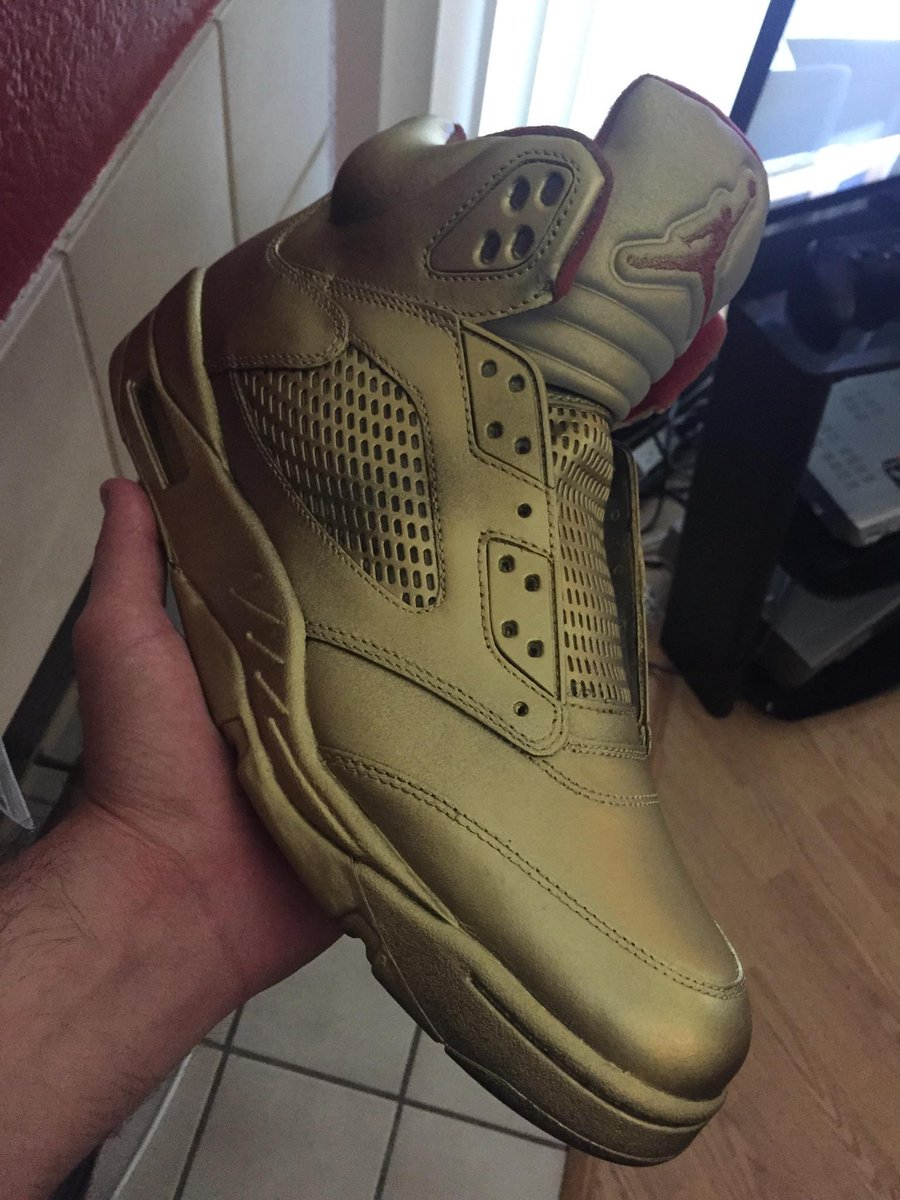 If Warriors win I'll give these gold sprayed Jordan 5 to one person who retweets this. http://t.co/QCeQzBCcTL