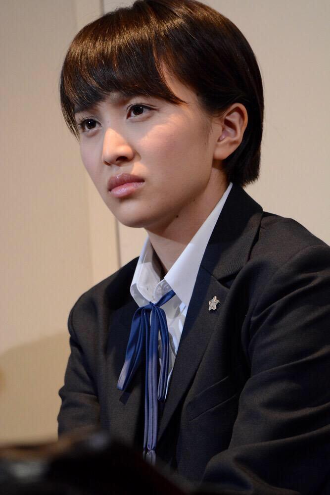 髪を染めたのは、玉井さんが女優としてのソロ仕事が入ったからだという説が有力だったけど、実際はchanの悪ノリ企画だったと知った時のモノノフの顔 http://t.co/7QnMj6i7kl