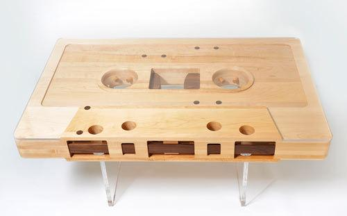 This table is completely reversible just like your favorite tapes (sides A and B)! 5yrs in the making by Jeff Skierka http://t.co/hURcgUaXhT