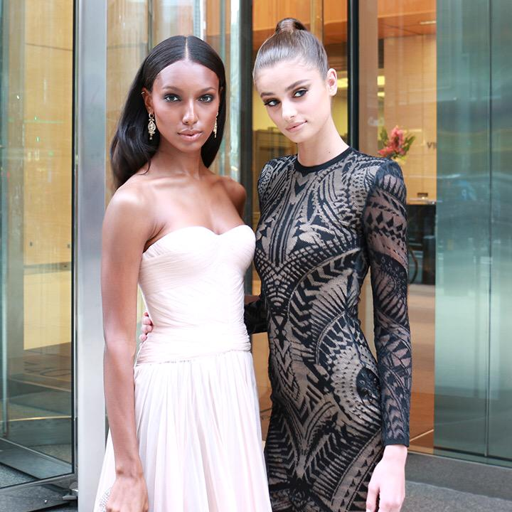 GORG: @jastookes & @taylormariehill off to the #TFFAwards red carpet! #Scandalous ????❤️ http://t.co/TKh8NHVpHn