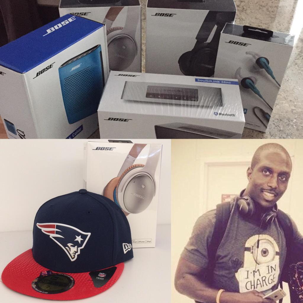 Signing these and randomly giving them away to 5 of you who RETWEET this!! #PatsNation (D-Mac) http://t.co/bGfRn14nXu