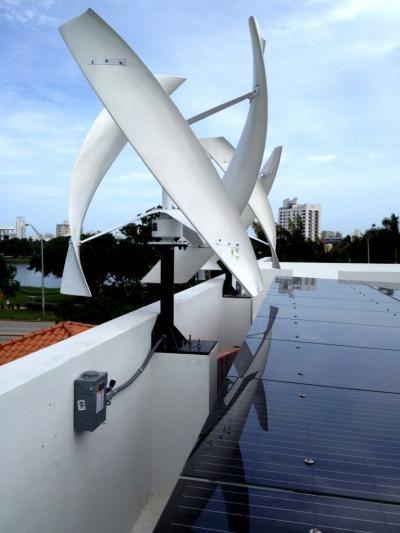 Wilt u meer #duurzaamheid op uw dak? Idee: plaats #windmolens op uw dakrand @VVMBureau @NLBouwt @icdubocentrum http://t.co/Ov1scYdpqg