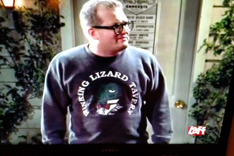 When Drew Carey wore a Winking Lizard sweatshirt on his show.... #TBT Thank you @Z4RT4N for sending us the pics! http://t.co/w6pHUa7cAH