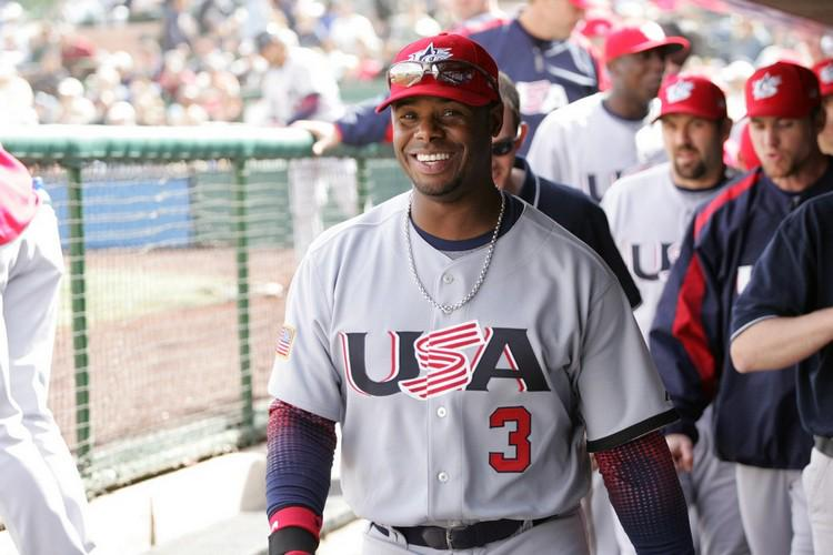 Ken Griffey Jr Played For Teamusa In The 2006 World Baseball