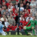 On this day in 2009, Michael Owen joined Manchester United. The fans will always remember this moment... http://t.co/RrHys7gsIZ