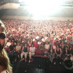 Cheers gorgeous people of #Fresno who came to #DWTStour tonight! Heres our selfie, sorry my selfie stick was stolen! http://t.co/ku2IYaMUwV