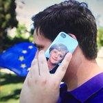 Griechenland ist gespalten - Die einen finden #Merkel & Deutschland gut, die anderen sehen in #Schäuble den Teufel. http://t.co/3p2RisFSj3