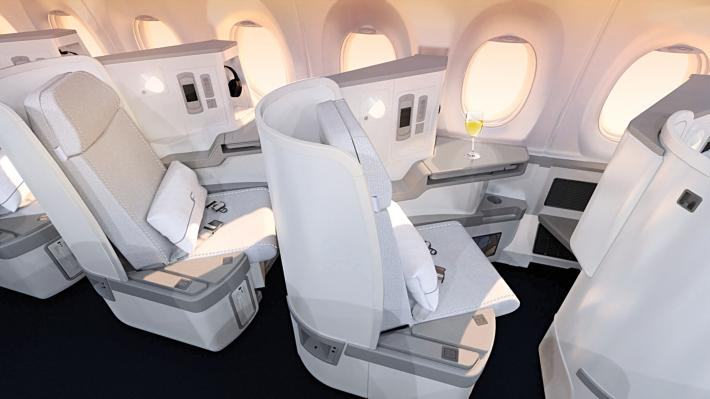 We are featured on @thedesignair's top 10 Business Classes 2015!