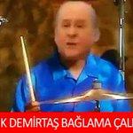 HDP Ne Yaparsa Tersine Karşılık Veren Bahçeliye Yapılmış 15 Komik Caps http://t.co/DJxXq5ZLni http://t.co/HfthLGAPPI