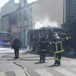 Un bus prend feu avenue ares bordeaux cauderan http://t.co/UM9mElCO8I